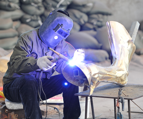 bronze casting flying horse statue horse sculpture denver