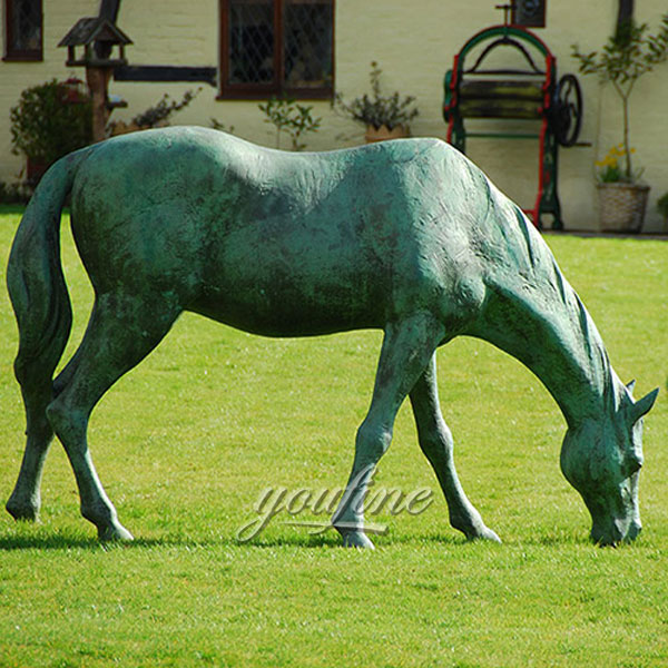 Outdoor decor metal craft bronze horse standing statue graze for sale